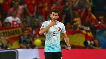 Нури Шахин объявил об уходе из сборной Турции