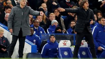 Моуринью рассказал, почему не пожал руку Конте после матча на «Стэмфорд Бридж»