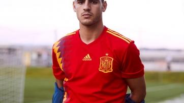 Испанцы выразили возмущение формой своей сборной