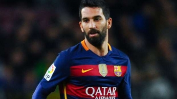 Источник: «Барселона» согласилась отпустить Турана