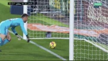 «Барселона» спасла игру в Валенсии, несмотря на отменённый гол Месси