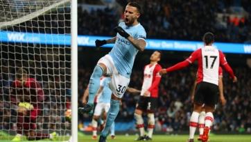 «Манчестер Сити» дожал «Саутгемптон», хет-трик Руни принёс победу «Эвертону» над «Вест Хэмом», «Ливерпуль» разгромил «Сток»