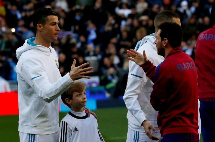 Чемпионский коридор для «Барсы». Лучший игрок в истории разгромил «Реал»
