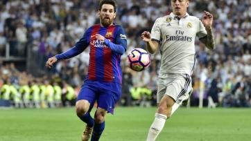 Стало известно, кто рассудит «Реал» и «Барселону»