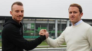 Официально: «Вольфсбург» продлил контракт с Арнольдом