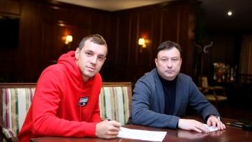 Официально: Дзюба заключил арендное соглашение с «Арсеналом»