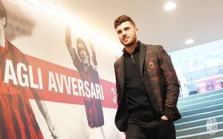 «Милан» подготовил новый контракт для Кутроне