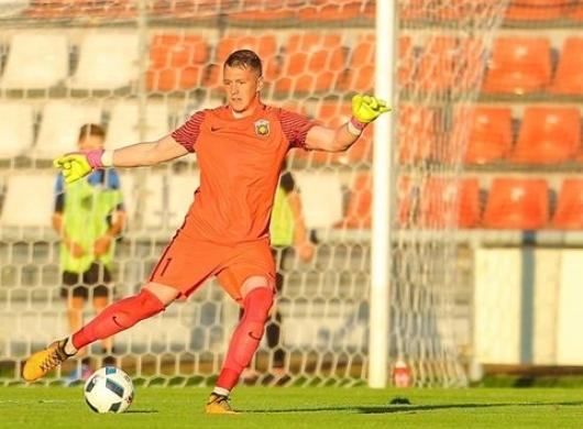 Вратарь «Арарата» перешёл в «Анжи»