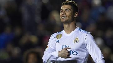 Роналду вступился за Бензема перед болельщиками «Реала»