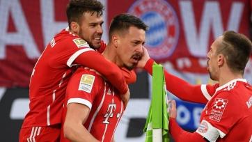 «Бавария» вырвала победу в дуэли с «Вольфсбургом» и другие результаты матчей немецкого тура