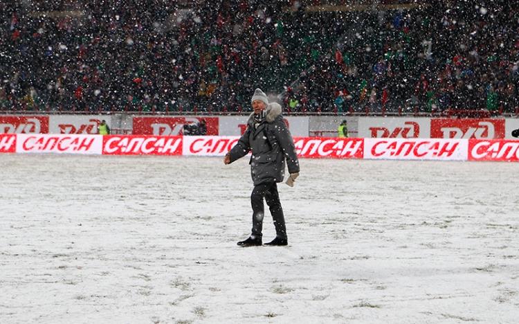 «Задолбали, забейте уже кто-нибудь!» Сходить на российский футбол в минус 10 и не умереть