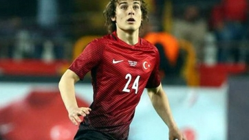 «Арсенал» ведёт переговоры о переходе защитника сборной Турции