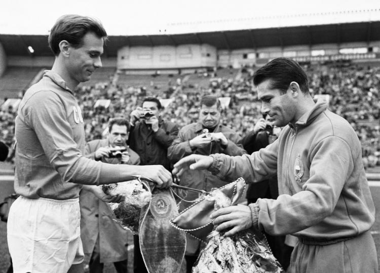 Наши герои чемпионатов мира. 1962: Валентин Иванов