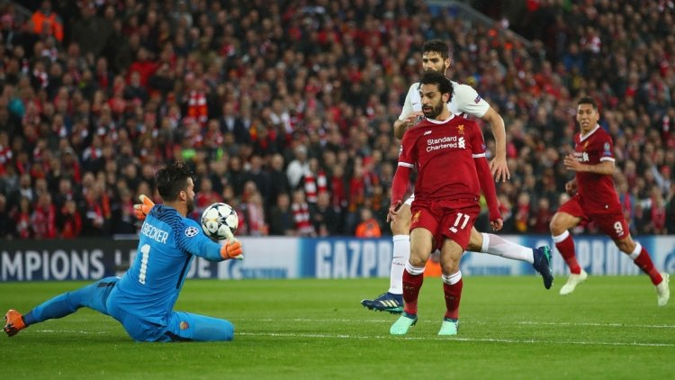 Роналду в кудрях и гол из офсайда. Не «Ливерпуль» разгромил «Рому»