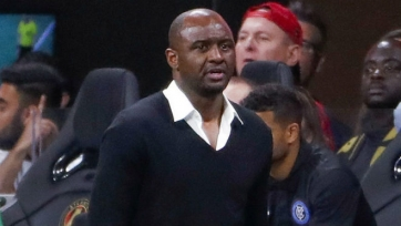 Виейра является фаворитом на место Венгера в «Арсенале»