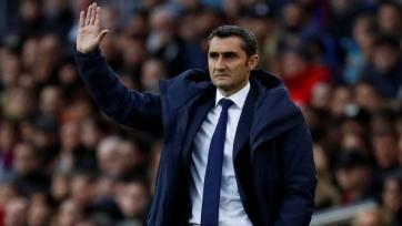 Игроки «Барселоны» поддерживают Вальверде