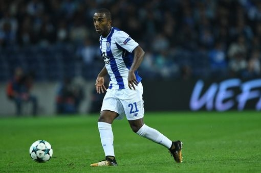 «Лестер» согласовал переход защитника «Порту»