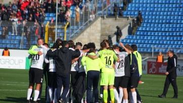 Футболисты «Тосно» требуют погашения задолженности по зарплатам