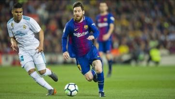 «Барселона» сыграла вничью с «Реалом», проведя весь второй тайм вдесятером