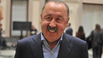 Газзаев будет рад, если в российскую сборную вернутся ещё и Березуцкие