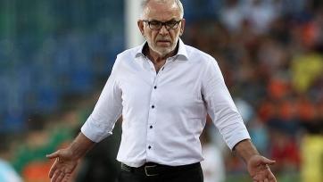 Гаджиев выразил мнение о невызове Денисова в сборную России