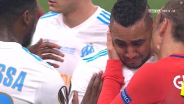 Пайе получил травму и покинул поле со слезами на глазах