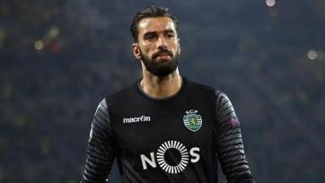 Вратарь сборной Португалии проходит медосмотр в стане «Наполи»