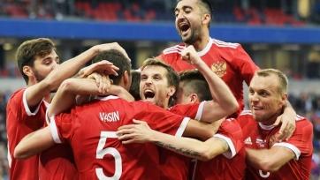 Источник: известны пять футболистов, которых отцепят от сборной России