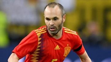 Иньеста заявил, что не планирует завершать карьеру в сборной Испании