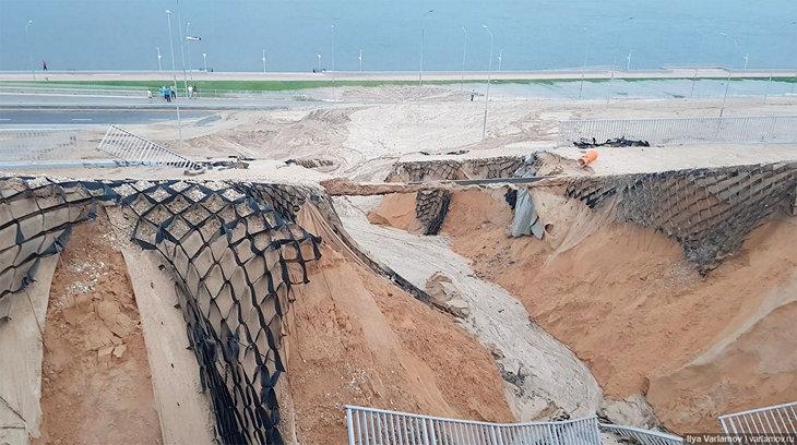 «Волгоград-Арену» затопило после длительного ливня