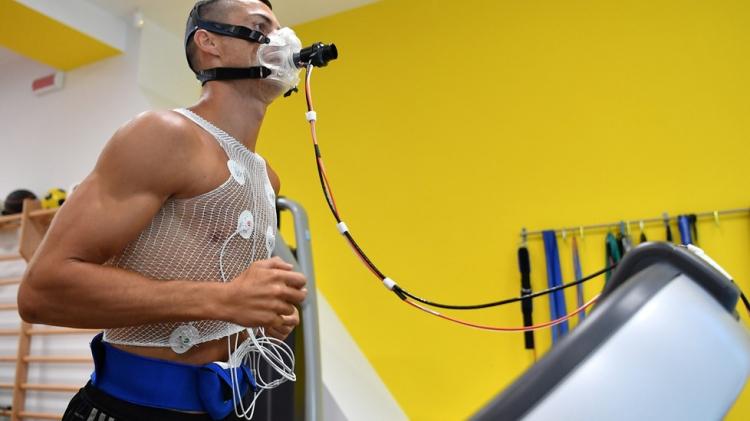 Фотоотчёт: Роналду провёл первую тренировку в «Ювентусе» (+видео)