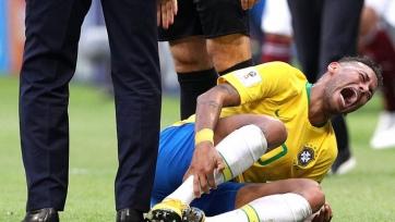 Роналдо: «Неймар – интеллигентный игрок. Судьи недостаточно хорошо его защищают»