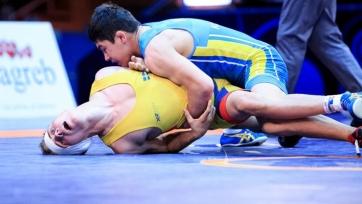 Казахстанцы смогли завоевать две «бронзы» на ЧМ по греко-римской борьбе между кадетами