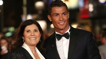 Мать Роналду прокомментировала переход своего сына в «Ювентус»