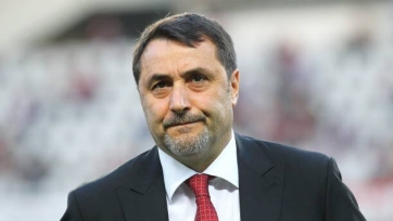 Sky Italia: Мирабелли покидает «Милан» вслед за Фассоне