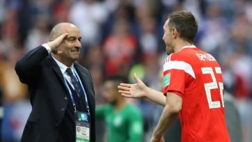 Наставник сборной России претендует на звание лучшего тренера мира по версии ФИФА