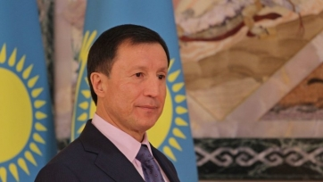 «Астана» поздравила президента КФФ