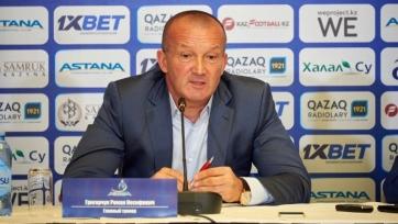 Лучшим футболистом и тренером июля стали украинцы