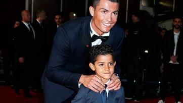 Роналду надеется, что его сын станет футболистом