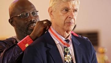 Арсен Венгер получил высший орден Либерии