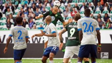 «Вольфсбург» обыграл «Шальке», победа «Айнтрахта» и другие результаты матчей 1 тура Бундеслиги
