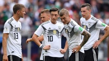 Ещё в преддверии ЧМ сборная Германии разделилась на 2 лагеря