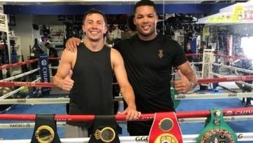 Головкин провел тренировку для двух боксеров