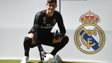 Куртуа стал 4-м футболистом в 21-м веке, игравшим за «Атлетико» и «Реал»