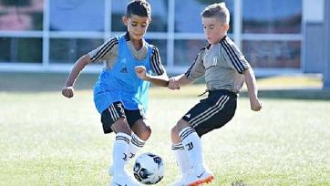 Роналду-младший забил первый гол за «Ювентус» быстрее отца (видео)