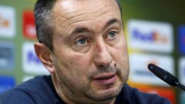 Главный тренер сборной Казахстана не намерен изменять тактику