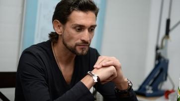 Нигматуллин назвал вратаря, который должен заменить Акинфеева в сборной России