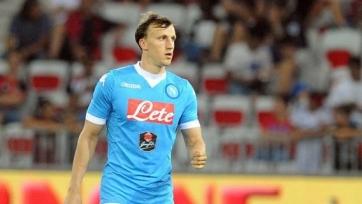 Защитник «Наполи» получил травму в игре за сборную