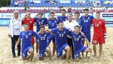 Сборная Казахстана по пляжному футболу обыграла Молдову