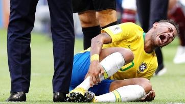Защитник сборной США «наехал» на арбитра из-за падения Неймара